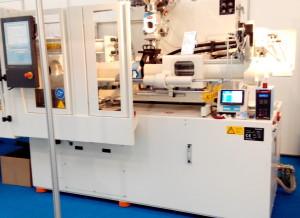 Prod-Eye-op-een-Krauss-Maffei-800kN-spuitgiet-machine-e1400230800938